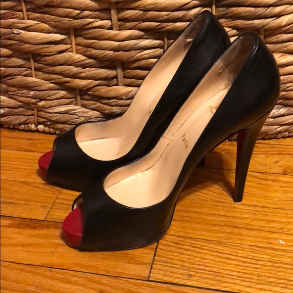 outlet store bd2f4 87cca Gently Used Christian Louboutin Size 10 Women's